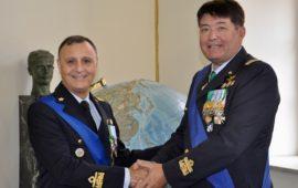 da sin. i generali Vincenzo Nuzzo e Stefano Fort al passaggio di comando all'Isma