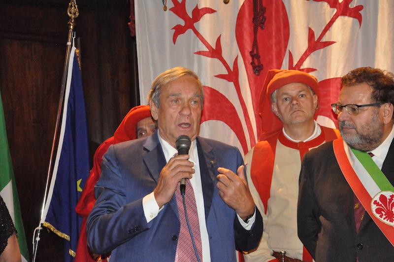 Valentino Marcati premiato al Rotary Firenze Est
