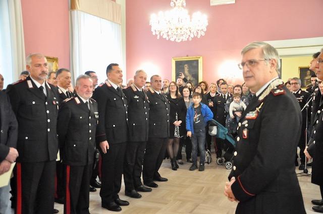 Il generale Masciulli parla aI suoi carabinieri