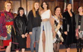 Le vincitrici del Premio Giuliacarla Cecchi 2018 con Pola Cecchi