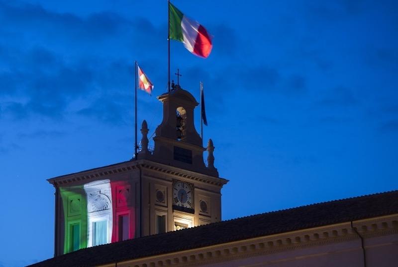 La Bandiera Tricolore sul Palazzo del Quirinale