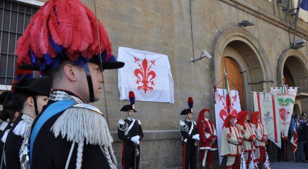 La cerimonia all'ex caserma Mameli in piazza Stazione a Firenze