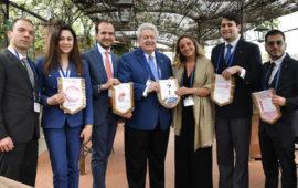 Il prossimo presidente internazionale Maloney a Firenze con i rappresentanti del Rotaract