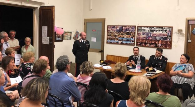 L'incontro tra carabinieri e cittadini al Cesto (Figline e Incisa Valdarno)