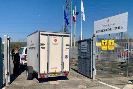 Alcuni Rotary fiorentini hanno collaborato con la Protezione Civile fornendo climatizzatori per aree di accoglienza per persone in quarantena. Qui l'arrivo del materiale