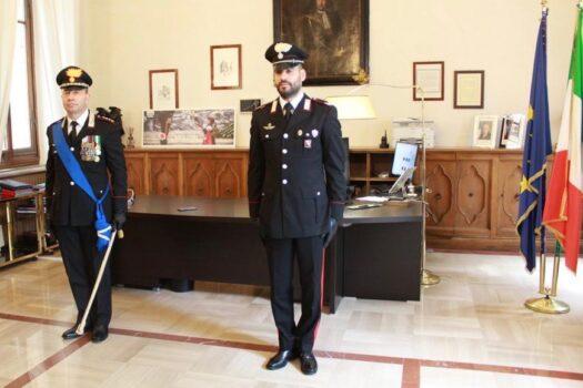 Da sin. il  colonnello Giulio Duranti e il vice brigadiere Francesco Cipolla