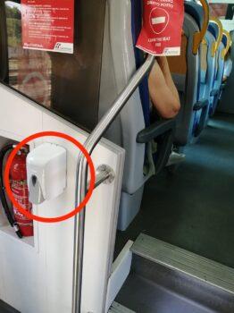 Uno dei sanificatori installati a bordo dei treni