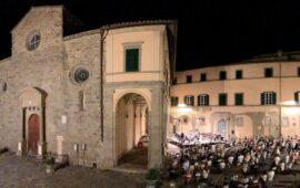 Per la prima volta concerti all'aperto in piazza del Duomo a Cortona