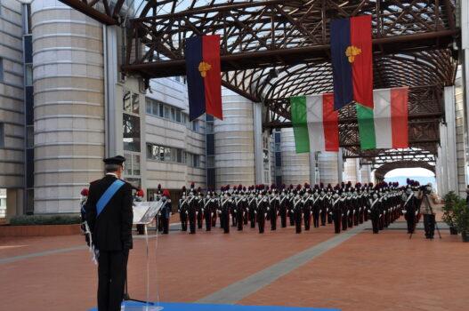 Il comandante della Scuola, generale Cogliano, si rivolge agli allievi maresciualli