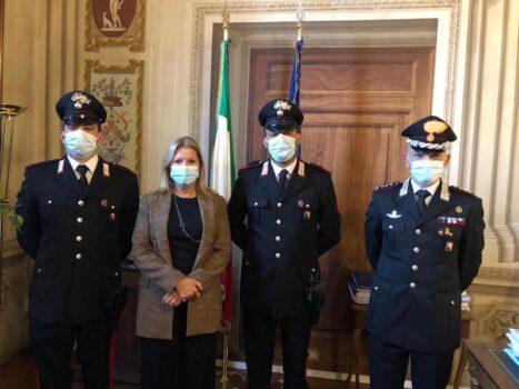 da sin. Carabiniere Luigi Cassarà, prefetto Laura Lega, Appuntato Antonio Lopomo, Colonnello Antonio Petti