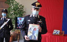 A Firenze il colonnello Antonio Petti presenta il calendario dei Carabinieri 2021