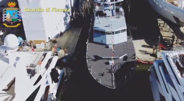 Il varo del pattugliatore veloce Tenente Petrucci della GdF