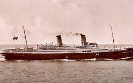 Il transatlantico Conte Rosso in navigazione