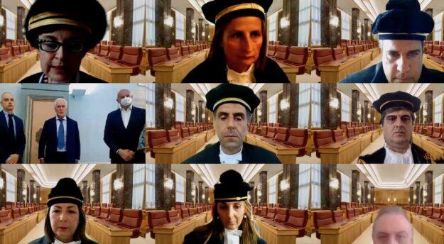 L'udienza online della Corte dei Conti della Toscana che ha esaminato il bilancio 2020 della Regione Toscana (prima in alto a sin. la Presidente della Sezione di Controllo Maria Annunziata Rucireta)